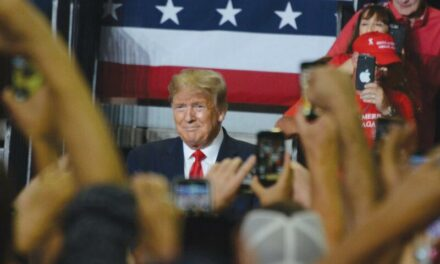 Inside the rally: Trump touts successes, bashes media, Democrats
