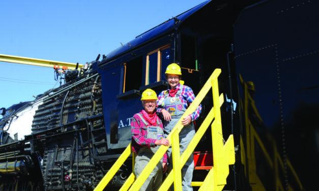 AT&SF engine gains the Baynes