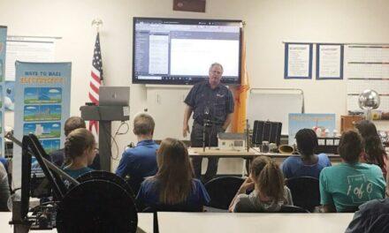 Lineman training gives power to R4 Robotics team