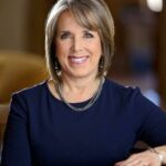 Gov. shares her economic-recovery plan