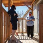 Bright spot: Contractor donates time, skills to family